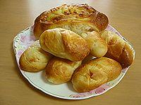 戴き物のあったかパン