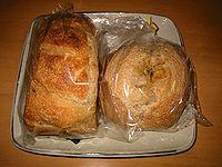 石窯で焼いたパン